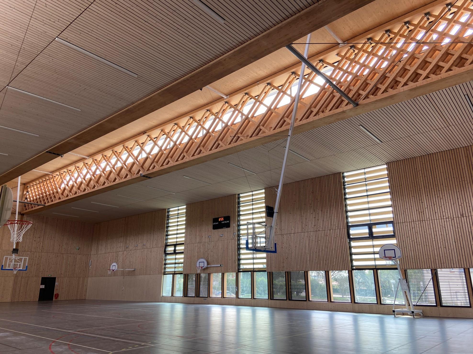 Halle des sports – DONZERE (26)